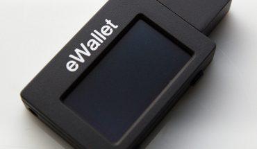 Keuntungan menggunakan e-wallet di Indonesia